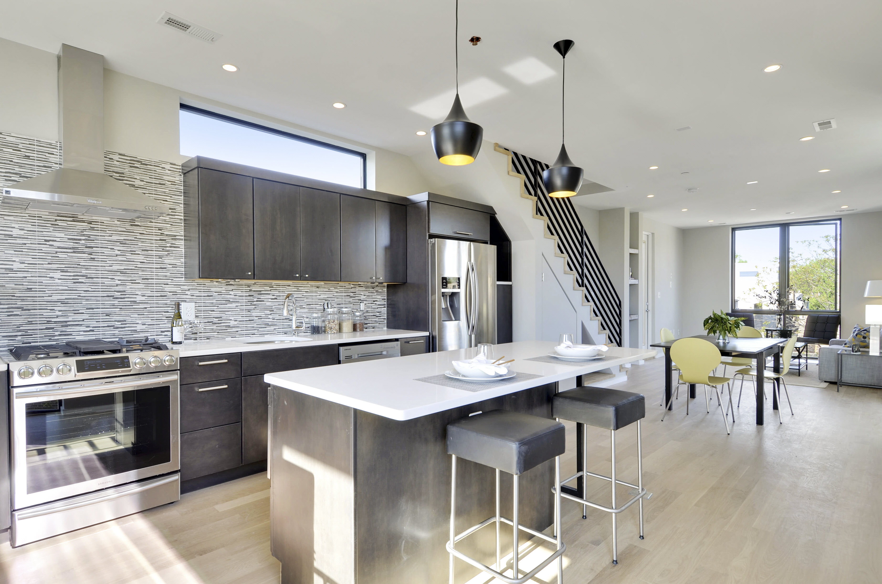 Stunning 2br 2 5ba Penthouse Condo Recently Reduced To